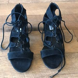 Steve Madden shoes in size 6.5